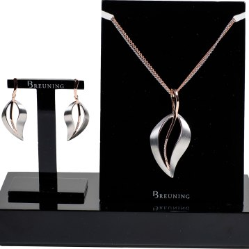 """Emulating """"Pure Elegance, Pure Fashion & Pure Love,"""" this European design features authentic, modern jewelry with designs in sterling silver, rose and gold tones, available with diamonds and white sapphires. Starting at $200. Crown Jewelers 5 Cheshire Road, Suite 21, Pittsfield, Mass. 413-442-9073 crownjewelersinc.net"""
